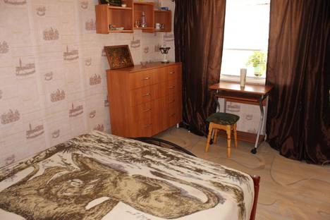 Сдается 2-комнатная квартира посуточно в Балаклаве, Севастополь, Кирова 16.