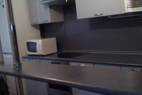 Сдается 1-комнатная квартира посуточно в Нефтеюганске, ул. Нефтяников, 146.