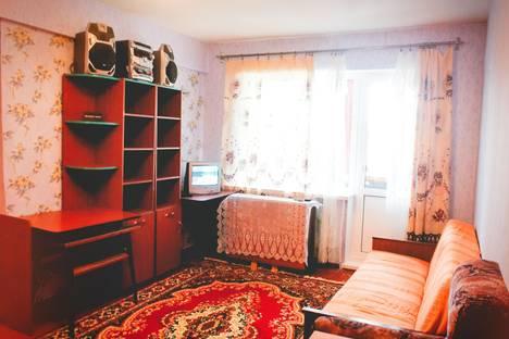 Сдается 1-комнатная квартира посуточно в Череповце, металлургов 43.