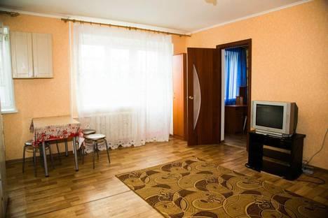 Сдается 2-комнатная квартира посуточнов Тюмени, ул. Мельникайте,  93.