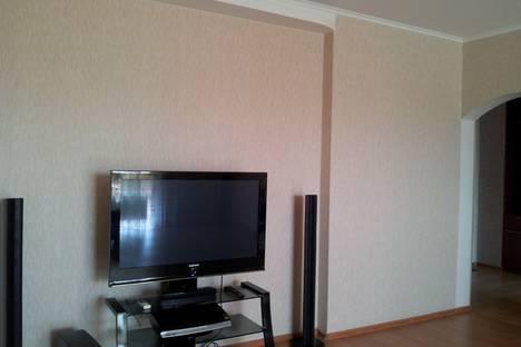 Сдается 2-комнатная квартира посуточнов Тюмени, М.Горького 68.