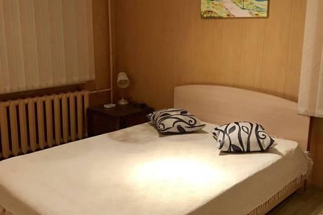 Сдается 1-комнатная квартира посуточно в Ижевске, Лихвинцева 56.