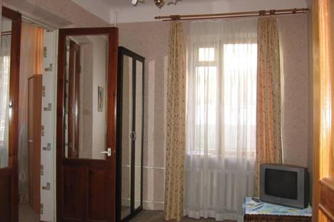 Сдается 2-комнатная квартира посуточно в Сочи, Параллельная 12.