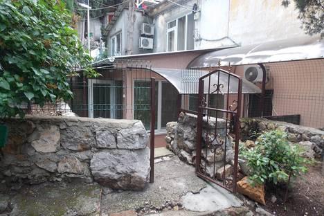 Сдается 1-комнатная квартира посуточно в Симеизе, Советская 68.