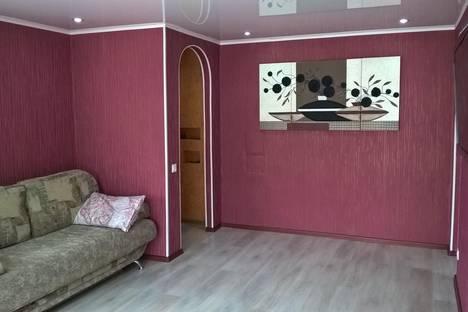 Сдается 2-комнатная квартира посуточно в Горно-Алтайске, Коммунистический проспект, 10.