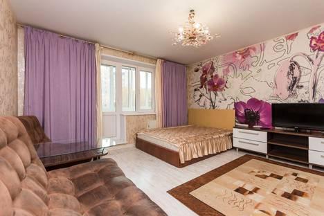 Сдается 1-комнатная квартира посуточно в Челябинске, ул. Цвиллинга, 58б.