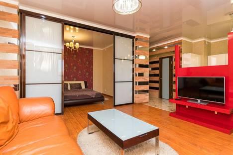 Сдается 2-комнатная квартира посуточно в Челябинске, ул. Воровского, 62.