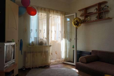 Сдается 2-комнатная квартира посуточно в Ялте, Кирова 140.
