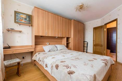 Сдается 1-комнатная квартира посуточнов Санкт-Петербурге, улица Мартыновская ,дом 14.
