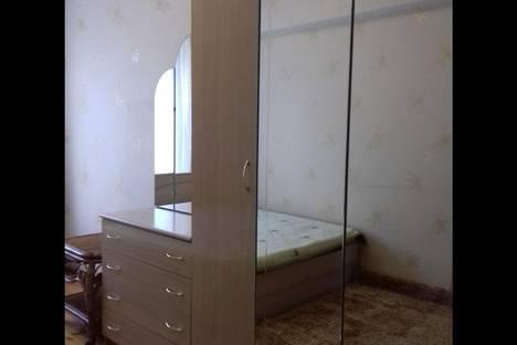 Сдается 4-комнатная квартира посуточнов Бишкеке, проспект Чуй 162.