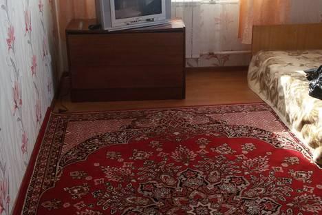 Сдается 2-комнатная квартира посуточно, ул. Орловских Партизан, 6.