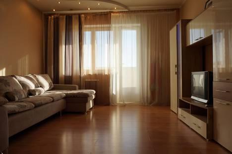 Сдается 1-комнатная квартира посуточно в Красноярске, ул. Авиаторов, 33.