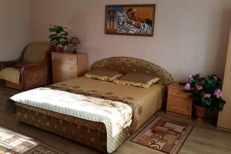 Сдается 1-комнатная квартира посуточнов Керчи, Ленина 2.