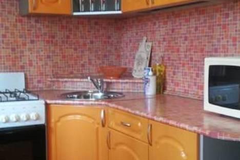 Сдается 1-комнатная квартира посуточнов Великом Новгороде, ул. Батецкая, 21.