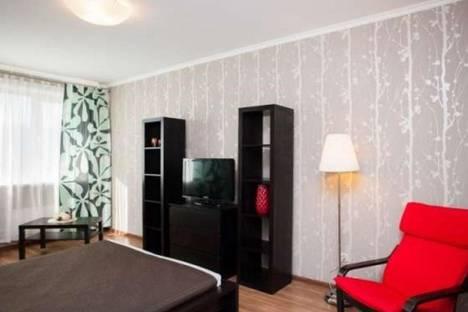 Сдается 1-комнатная квартира посуточнов Екатеринбурге, ул. Смазчиков, 3.