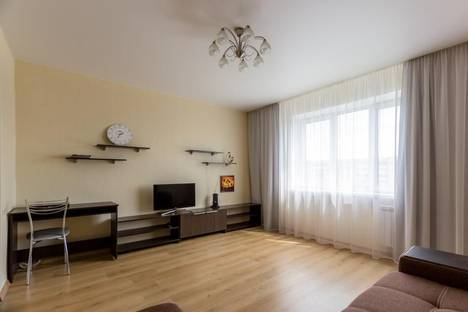 Сдается 2-комнатная квартира посуточно в Красноярске, ул. Весны, 7.