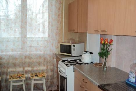 Сдается 1-комнатная квартира посуточнов Березниках, мира 106.