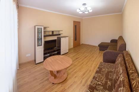 Сдается 2-комнатная квартира посуточнов Кургане, ул. Красина, 56.