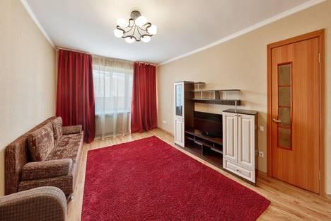 Сдается 2-комнатная квартира посуточно в Кургане, ул. Красина, 56.