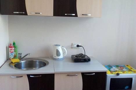 Сдается 1-комнатная квартира посуточнов Лесосибирске, ул. Урицкого, 1.