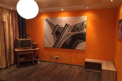 Сдается 3-комнатная квартира посуточно в Барнауле, Челюскинцев 65.