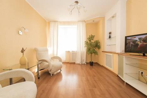 Сдается 1-комнатная квартира посуточно в Нижнем Новгороде, ул. Белинского, 34.