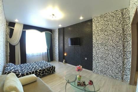 Сдается 1-комнатная квартира посуточно в Казани, улица Баки Урманче, 1.