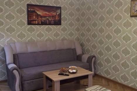 Сдается 3-комнатная квартира посуточнов Туапсе, ул. Черноморская,  4.