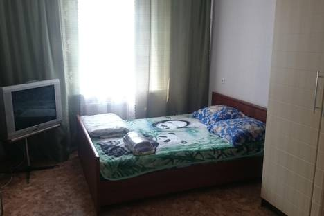 Сдается 2-комнатная квартира посуточнов Нижнекамске, Рифката Гайнуллина, 18.