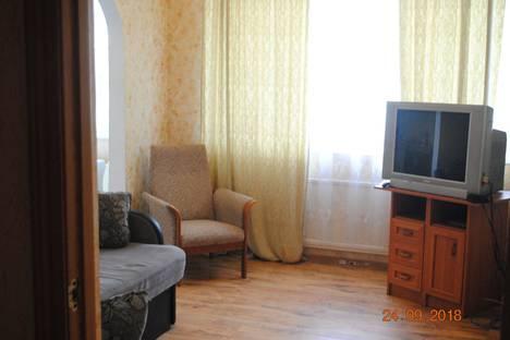 Сдается 3-комнатная квартира посуточно в Пушкине, ул Гусарская  дом 9 корп 2.