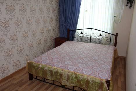 Сдается 2-комнатная квартира посуточнов Керчи, Кирова 67.