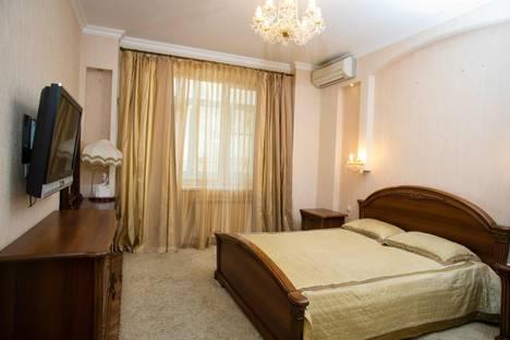 Сдается 3-комнатная квартира посуточнов Аксае, площадь Гагарина, 6.