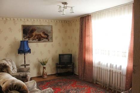 Сдается 2-комнатная квартира посуточно, Лесная, 18.