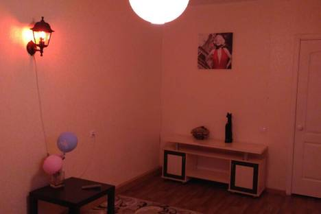 Сдается 2-комнатная квартира посуточно в Набережных Челнах, ул. Профсоюзная, 45.