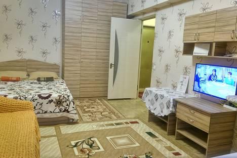 Сдается 1-комнатная квартира посуточно в Алматы, улица Лизы Чайкиной, 3а.