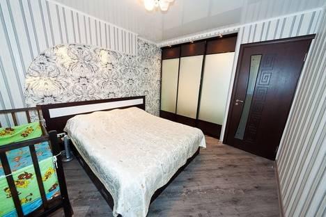 Сдается 2-комнатная квартира посуточно в Феодосии, Чкалова, 94.