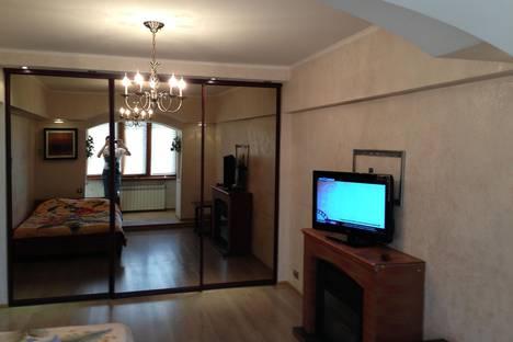 Сдается 1-комнатная квартира посуточнов Сочи, ул. Воровского, 41.