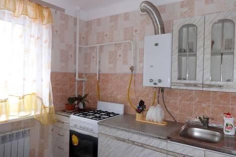 Сдается 2-комнатная квартира посуточно в Таганроге, переулок Гарибальди, 6.