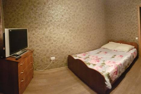 Сдается 3-комнатная квартира посуточно в Оренбурге, ул. Чкалова 30.