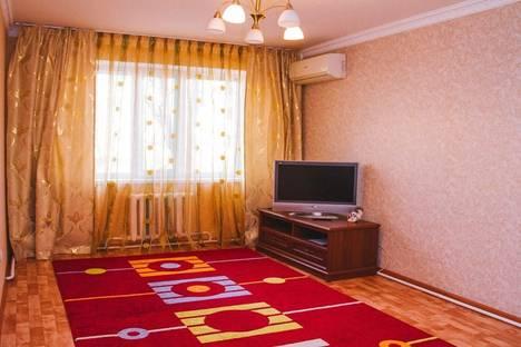 Сдается 4-комнатная квартира посуточнов Актобе, 101 Стрелковой Бригады, 13.