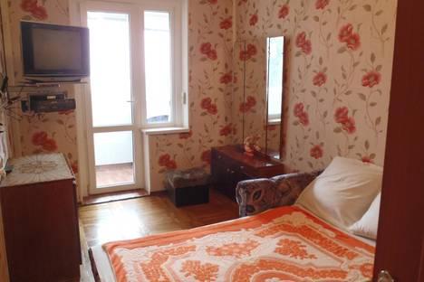 Сдается 2-комнатная квартира посуточнов Гаспре, Алупкинское шоссе 48.