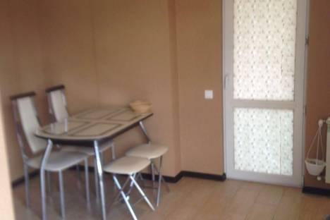Сдается 1-комнатная квартира посуточно в Сочи, ул. Бамбуковая, 46.