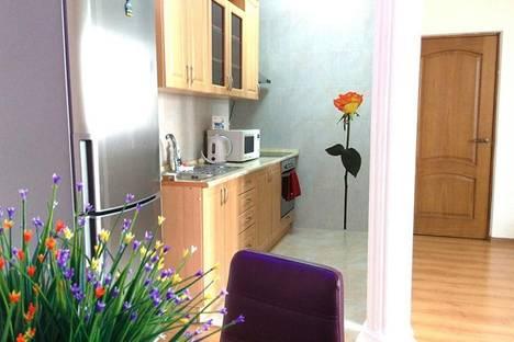 Сдается 2-комнатная квартира посуточно в Алматы, Аль-Фараби 53Б.