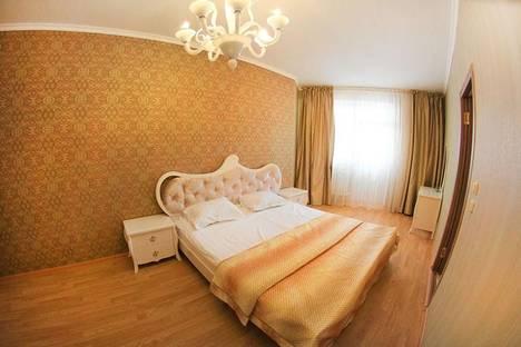 Сдается 2-комнатная квартира посуточно в Алматы, Розыбакиева 289/1.