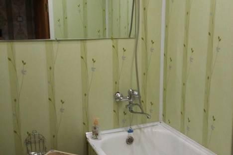 Сдается 1-комнатная квартира посуточно в Усть-Куте, ул.Кирова,д.32.