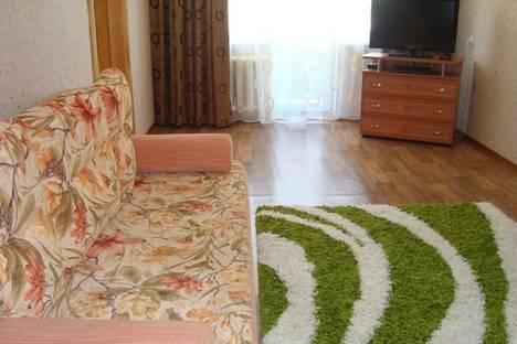 Сдается 2-комнатная квартира посуточно, Шеронова, 52.