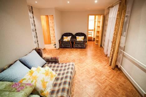 Сдается 1-комнатная квартира посуточнов Ижевске, ул. Красногеройская, дом 65.
