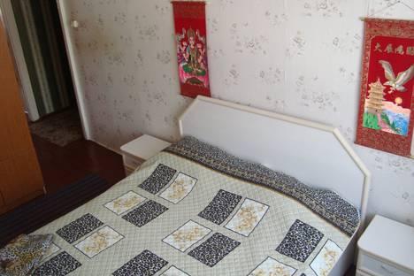 Сдается 3-комнатная квартира посуточно, КАРЛА МАРКСА 111.
