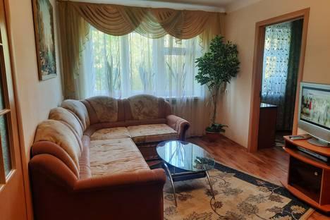 Сдается 2-комнатная квартира посуточно в Иванове, улица Калинина, 50.