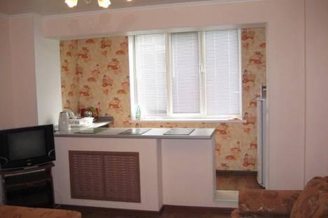 Сдается 1-комнатная квартира посуточнов Тюмени, Ямская 98 В.
